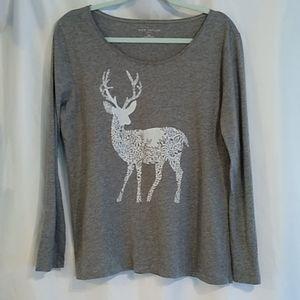 Ann Taylor Gray White Deer Print T-shirt